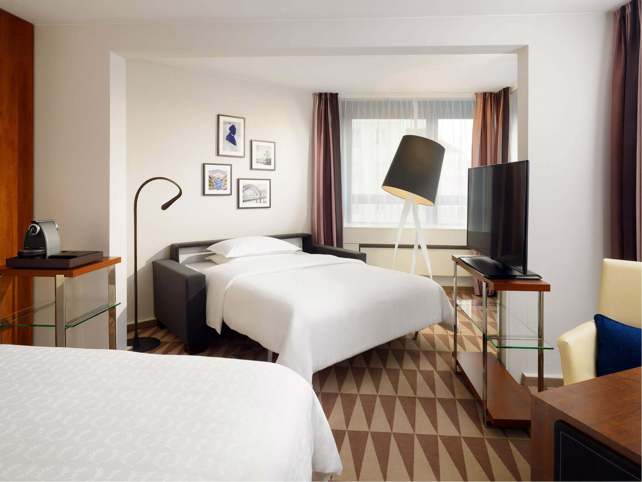 Junior Suite Munich - Sheraton Munich Westpark Hotel